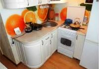 маленькие угловые кухни для маленькой кухни фото цена
