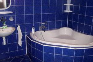 угловая ванна фото 21