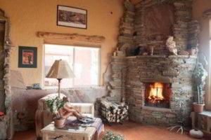 угловые камины в интерьере гостиной фото 7