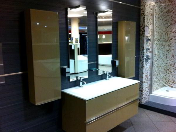 зеркало в ванную комнату с подсветкой фото 3