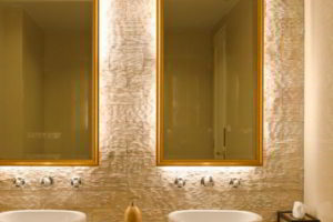 зеркало в ванную комнату с подсветкой фото 27